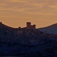 Генуэзская крепость :: Александр Смольников
