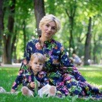 Мама и дочь :: Натали Майорова