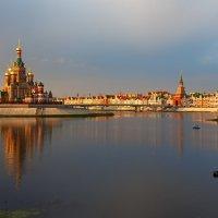 Набережная в Йошкар-Оле. :: Андрей Гриничев