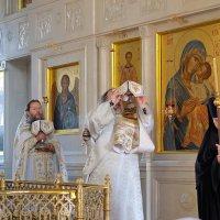 Монастырь. Повседневная жизнь. Преображение Господне. (Яблочный Спас). :: Геннадий Александрович