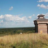 Смотровая башня г. Чердынь :: Наталья Воронцова