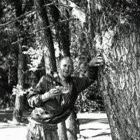 Юра, инструктор по рыбному лову :: Евгений Золотаев