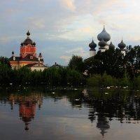 Успенский монастырь на реке Тихвинка :: Сергей Кочнев
