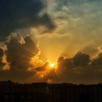 Закат над городом. :: Владимир Крупочкин