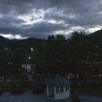 Окрестности гостиницы в горах Норвегии :: Александр Рябчиков