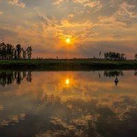 Закат на реке Волге :: Сергей Тагиров