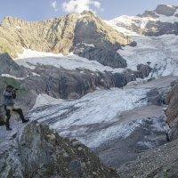 Алибекский ледник... :: Евгений Khripp