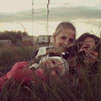 Игры в траве :: Валерия