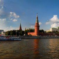 вид на кремль с софийской набережной :: Александр Шурпаков