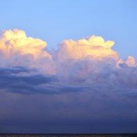 Очень красивые облака :: Ольга Мореходова
