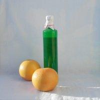 Мандарины и бутылка ликера 2 :: Валерий