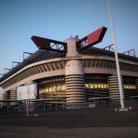 Стадион в Милане Сан-Сиро - San Siro Stadio Milano :: Любомир Дужак