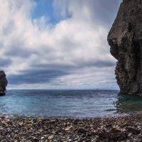 Дикий пляж :: Виктор Фин