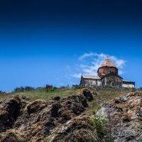 Церковь с облачным ореолом :: Александр Мосс