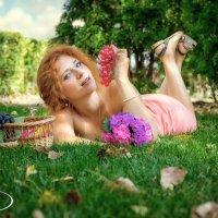 девушка и виноград, репак. :: Ростислав Уханов