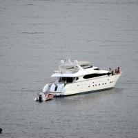 Рыбаки в море :: Ольга Мореходова