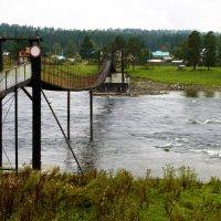 Мост через речку Бия, Горный Алтай. :: Маргарита Кириллова