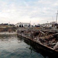 Причал бывшего рыбного завода :: Оксана Тарасенко