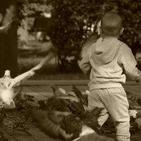 Ретро Мальчик и голуби :: Evgen Polyakov