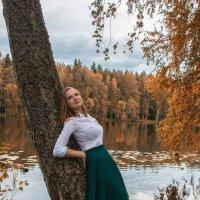 Дарья в осени :: Евгения К