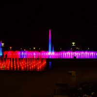 Ночной фонтан :: Александр Матвеев