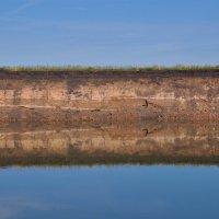 Отражение. Берег реки Белой. :: Сергей Тагиров