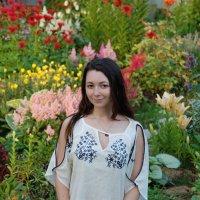 Среди цветов :: Светлана Двуреченская