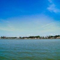 Вид на Ейск с Таганрогского залива :: Ольга Мореходова