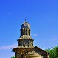Старинный храм Томска :: Александр Матвеев