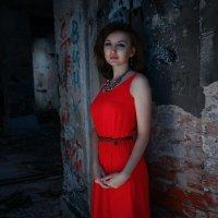Леди в красном :: Ольга Титова
