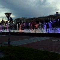 Фонтаны с подсветкой. (Санкт-Петербург). :: Светлана Калмыкова