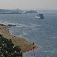 Ярославский пляж на Волге :: Сергей Цветков
