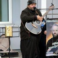 когда и священники поют для народа :: Олег Лукьянов