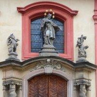 Оформление двери Базилика св.о Георгия :: Владимир Брагилевский