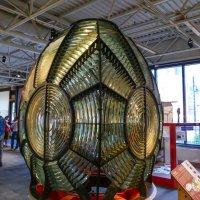 Всевидящий монстр расположенный внутри маяка...(Морской музей, г.Галифакс, Канада) :: Юрий Поляков
