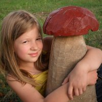 Саша и грибочек :: Даша Полевая