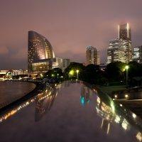Вечерняя набережная Йокогамы :: Nataliya Barinova