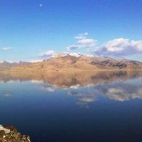 Зеркальное озеро, Иран :: Irina Nil