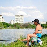Вдова рыбака. :: Евгений Кутняк
