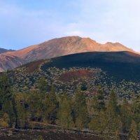 Предзакатный вулкан :: Sergey Sergeev