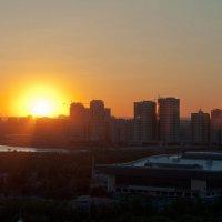 закат в Астане :: Олеся Немчинова