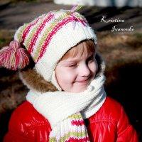 Малышка в красном) :: Кристина Иваненко