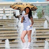 под зонтиком :: Andrey Shatalov