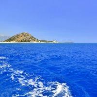 Синее море, голубое небо :: Василий Хорошев
