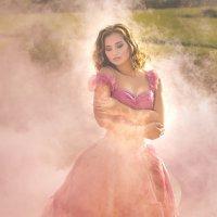 """...и розовый туман! А может это сон...?"" :: Наташа Шамаева"