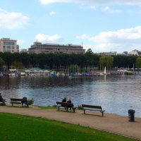 На озере Альстер (серия) Отдых у озера :: Nina Yudicheva