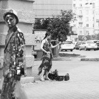 Сюр или домовитый домовой :: Александр Иванов