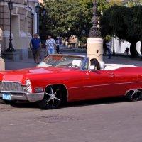 Красный автомобиль* :: Юлiя :))