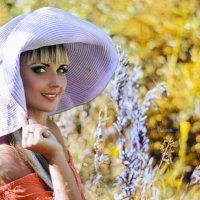 ..море позади , а шляпу можно носить и осенью ))) :: Алеся Корнеевец