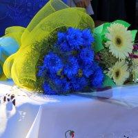 Букеты на праздничном столе. :: Валентина ツ ღ✿ღ